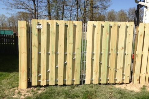 wood fence install 7