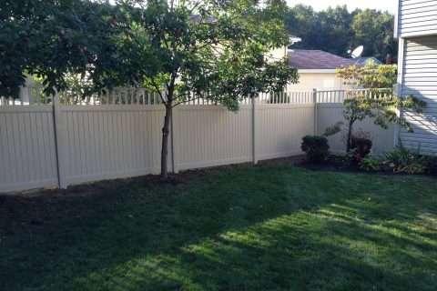residential fence installation vinyl