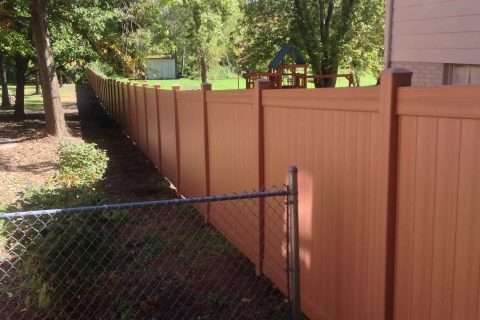 residential fence installation wood and chain