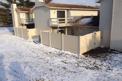 residential fence install apartments