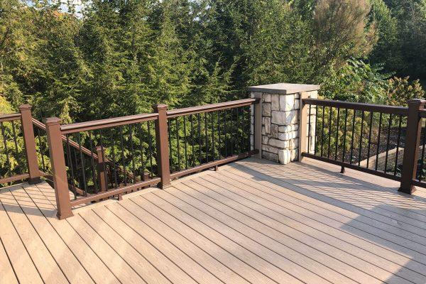 deck-install-cleveland